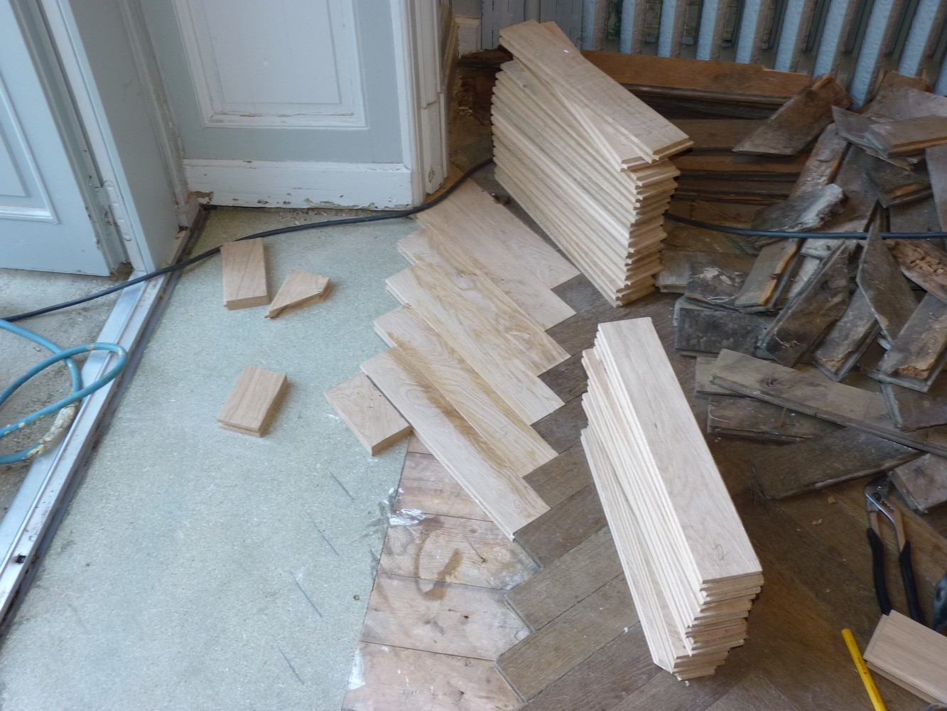 refabrication de parquet ch ne r novation de plancher. Black Bedroom Furniture Sets. Home Design Ideas